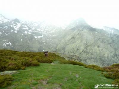 Laguna Grande-Sierra de Gredos; montseny parque natural sierra de mariola viaje picos de europa puen